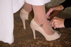 85ffcde2 blog novias beatriz alvaro vestidos novia a medida alta costura madrid.  Magníficos zapatos de Magrit