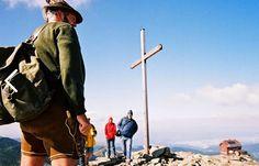 Die NEUE Große Zirbitzkogel-Runde http://www.weitwanderwege.com/zirbitzkogel-runde-trekking-3-tage-seetaler-alpen-steiermark-weitwandern/  (c) Bild: Zirbitzkogel Gipfel, www.tonnerhuette.at, #wandern #weitwandern #trekking #zirbitzkogel #zirbitzkogelrunde #seetaleralpen #steiermark