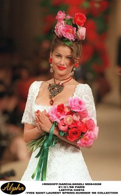 la robe de marie. Yves Saint Laurent Haute Couture s/s 1998. Modeled by Laetitia Casta. Completely divine!