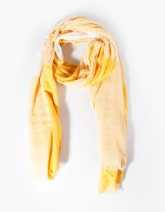 Large check print neck scarf - NECK SCARVES - WOMAN | Stradivarius Croatia