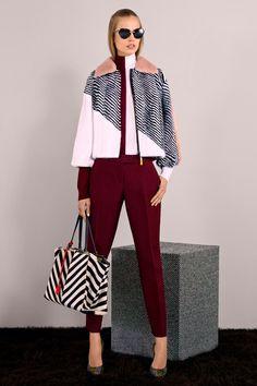 Fendi Pre-Fall 2014 - Runway Photos - Fashion Week - Runway, Fashion Shows and Collections - Vogue Fur Fashion, Vogue Fashion, Fashion Week, Fashion Show, Review Fashion, Fashion Clothes, Runway Fashion, Fashion Outfits, Fendi