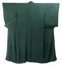 Green kimono with dragonflies