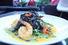 Vemos nuestra cocina como una experiencia gastronómica repleta de sabores únicos ... www.daniel.com.co