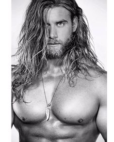 Some Monday's have that black and white feel  Side note : I got that is that a dnut face on lol Hope you're Monday is incredible   : @ironmanmagazine by brockohurn