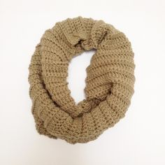 Free crochet pattern cowl