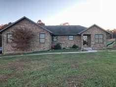 Here is a beautiful home on 3 acres M/L in Lawrence county with Marionville schools. Large home with a lot to offer. Walk into the first living area which flows into the dining room and spacious open kitchen. Laundry room and 2 car over sized garage off the kitchen. Half bath and pantry also. Very big master bedroom and master bath with jetted tub and separate stand up shower two separate vanities and walk in closet. Screened in section on deck and leads to deck on back of home in Billings…