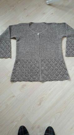 Women Crochet Cardigan/Gray Crochet Jacked/Crochet by Bisakole Crochet Cardigan Pattern, Crochet Shawl, Crochet Stitches, Crochet Top, Cross Stitch Kitchen, Shawl Cardigan, Crochet Woman, Wrap Sweater, Crochet Crafts