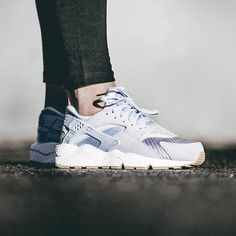 buy popular 148fb 8a686 The minimalist Wmns Huarache Run TXT Pack is releasing on Monday. Which  colour do you like  http   ift.tt 1Rp0ixh