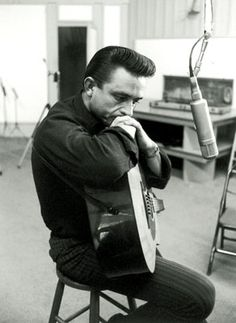 Listen to music from Johnny Cash like Hurt, Ring of Fire & more. Find the latest tracks, albums, and images from Johnny Cash. Johnny Cash, Johnny And June, Rockabilly, Man In Black, Black Men, Country Singers, Country Music, Outlaw Country, Country Artists