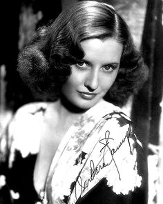 Not only do I love Barbara Stanwyck but I also love classic Hollywood. Barbara Stanwyck was a great actress and in my opinion, was a true beauty. Golden Age Of Hollywood, Vintage Hollywood, Hollywood Stars, Classic Hollywood, Hollywood Icons, Barbara Stanwyck, Santa Monica, Old Hollywood Actresses, Fritz Lang