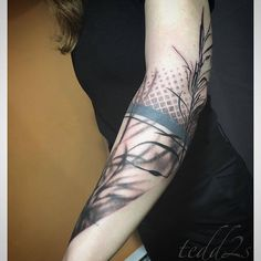 Shadows of basket willows found creek side a couple years ago. Partial coverup and original arm bands not by me. Thanks so much Michael! Mom Tattoos, Body Art Tattoos, Sleeve Tattoos, Tattoos For Women, Tatoos, Grey Tattoo, I Tattoo, Wheat Tattoo, Mother Nature Tattoos