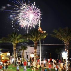 HarborWalk Village: Destin, FL