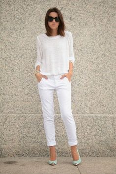 How To Wear White Pants Work Outfits Fashion Trends 40 Ideas Fashion Mode, Fashion Pants, Trendy Fashion, Fashion Outfits, Fashion Tag, Fashion Details, All White Outfit, White Outfits, Casual Outfits