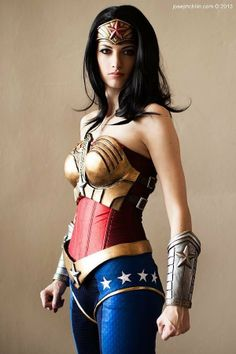 Wonder Woman Cosplay  // funny pictures - funny photos - funny images - funny pics - funny quotes - #lol #humor #funnypictures