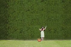 growing-edible-garden-hedges - 10 Fast-Growing Hedge Plants That Are Also Edible - Hedges Landscaping, Farm Landscaping, Garden Hedges, Herb Garden Design, Modern Garden Design, Landscape Design, Garden Ideas, Hedging Plants, Privacy Plants
