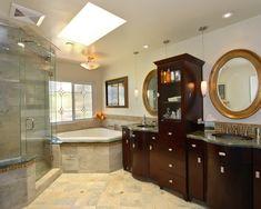 Master Bathroom Floor Plans No Tub - Bing images Corner Soaking Tub, Corner Tub, Tub Shower Combo, Shower Tub, Dream Bathrooms, Amazing Bathrooms, Master Bathrooms, Bathroom Floor Plans, Bathroom Ideas