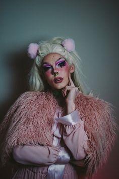 Queen Aesthetic, Makeup Aesthetic, Drag Queen Makeup, Dark Creatures, Drag King, Rupaul Drag, Drag Queens, Dolly Parton, Men Looks