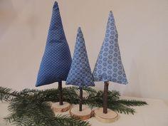 Weihnachtsdeko - 3er-Set Stoffbäume - Winterwald - ein Designerstück von…