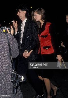 Musician Ric Ocasek and model Paulina Porizkova attending the premiere of 'Her Alibi' on January 26 1989 at the Sutton Theater in New York City New. Paulina Porizkova, The Cars Band, Ric Ocasek, Stunningly Beautiful, Supermodels, New York City, Besties, Retro Vintage, January 26
