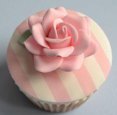 such a pretty little cupcake!