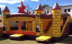 Castillo Inflable Merlin. Telecastillo