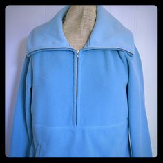 Ann Taylor Loft Teal Fleece Pullover Sweater M Super soft fleece pullover half zip, neck zips up tall to cover your face from the winter elements. Excellent condition, no rips, stains etc Kangaroo pocket. Ann Taylor Sweaters Cowl & Turtlenecks