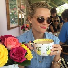 Here's how to steal Reese Witherspoon's brunch style.