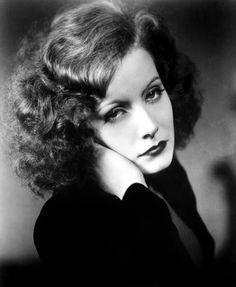 Greta Garbo - such iconic beauty!