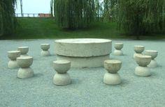 Table of Silence - Constantin Brancusi Modern Sculpture, Sculpture Art, Brancusi Sculpture, Constantin Brancusi, Art Sur Toile, Gardens Of The World, Mark Rothko, Art Database, Art Plastique