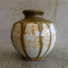 Richard Brooks Pottery  NSW Australia Australian Studio Pottery