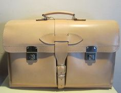 big enough for maps Vintage Bags, Vintage Leather, School Bags, Tan Leather, A4, Satchel, Shoulder Bag, Handbags, Unisex