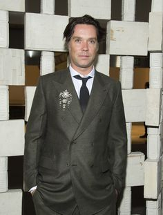 Rufus Wainwright Photos Photos - Rufus Wainwright attends the Hammer Museum Gala in the Garden honoring Laurie Anderson and Todd Haynes sponsored by Bottega Veneta, in Westwood, California, on October 8, 2016. / AFP / VALERIE MACON - Hammer Museum Gala in the Garden Honoring Laurie Anderson and Todd Haynes Sponsored by Bottega Veneta- Arrivals