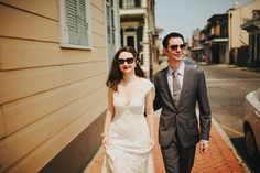 Love in New Orleans | Etsy Weddings Blog with Monique Lhuillier dress