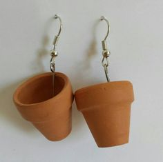 Small terra cotta flower pots created into cute drop earrings. Great for a lover… Terracotta Flower Pots, Terra Cotta, Planter Pots, Drop Earrings, Create, Flowers, Terracotta, Florals, Flower