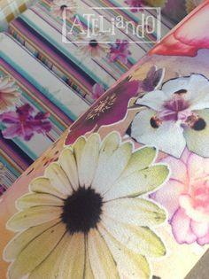 Ateliando - Customização de móveis antigos  Detalhes da nossa tapeçaria interna.  Veja customizar você também os seus móveis antigos e podrinhos!
