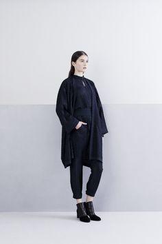 Zero   Maria Cornejo Pre-Fall 2014 - Review - Fashion Week - Runway, Fashion Shows and Collections - Vogue