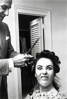 Elizabeth Taylor. Always glamorous.