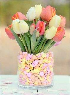 - DIY flower arrangements can be presented as gifts for weddings, Valentines Day, or any other special occasion. DIY flower arrangements are well suited. Valentines Bricolage, Valentines Diy, Valentine Flowers, Valentine Stuff, Easter Flowers, Valentine Nails, Send Flowers, Holiday Crafts, Holiday Fun