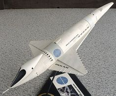 Pan Am Orion III Space Clipper - 2001: A Space Odyssey