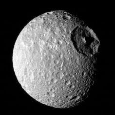 Mimas : Une lune de Saturne pourrait contenir un océan liquide
