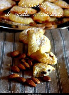 Cassatelle di ricotta e mpanatigghi. Sono tornata dalle vacanze natalizie con la voglia di preparare questi due dolci siciliani, che hanno in comune solo la forma, dopo averli provati durante i mie…