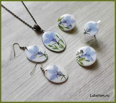 Любелия. Серия. Полимерная глина, натуральные цветы, эпоксидная смола.