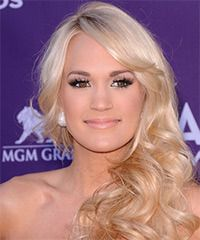 Carrie Underwood Hairstyle: Formal Long Wavy Hairstyle