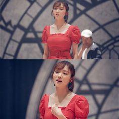 About time Kdrama Lee Sang Yoon, Lee Sung Kyung, Drama Korea, Korean Drama, Kim Book, Descendents Of The Sun, Korean Photo, Uncontrollably Fond, Doctor Stranger