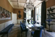 Beautiful ceiling, dining room