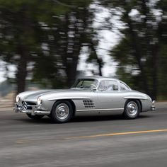 Mercedes Benz 300, Car Photography, Vroom Vroom, Car Ins, Vintage Cars, Dream Cars, Eye Candy, Classic Cars, Engineering