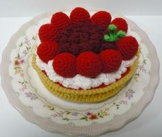 Crochet Red Currants and Strawberries Pie
