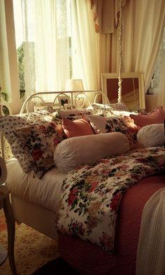 El dormitorio de la princesa, un cuento hecho realidad, con todos los detalles. Espacio IKEA en Casa Decor 2012 (Madrid) cc: @IKEA_Spain