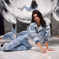 """liujoglobal: """"Do denim like a Watch the gorgeous the look head to toe for the Anniversary and campaign. Kendall Jenner Icons, Kendall Jenner Modeling, Kyle Jenner, Kendall Jenner Outfits, Kardashian, Jenner Style, Victoria Secret Fashion Show, Liu Jo, Korean Fashion"""