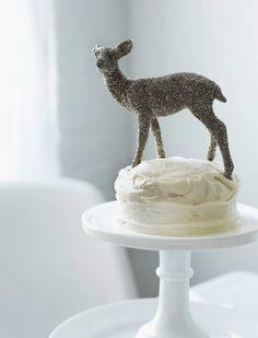 Glitter Deer on Cake.